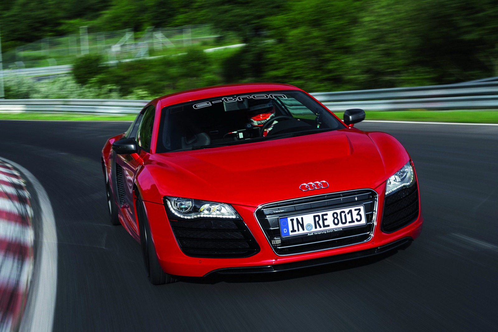 audi r8 e tron nurburgring record 8 09 autoevolution. Black Bedroom Furniture Sets. Home Design Ideas