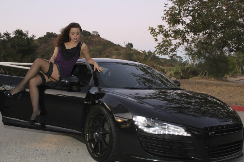 Audi R8 Selling on eBay with Girl on Door! - autoevolution
