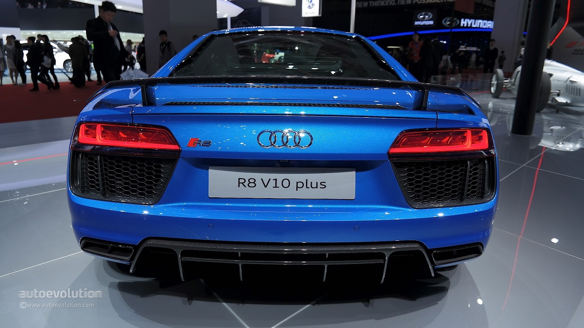 Audi R8 V10 Plus Leads Audi's Power Play at Auto Shanghai 2015 - autoevolution