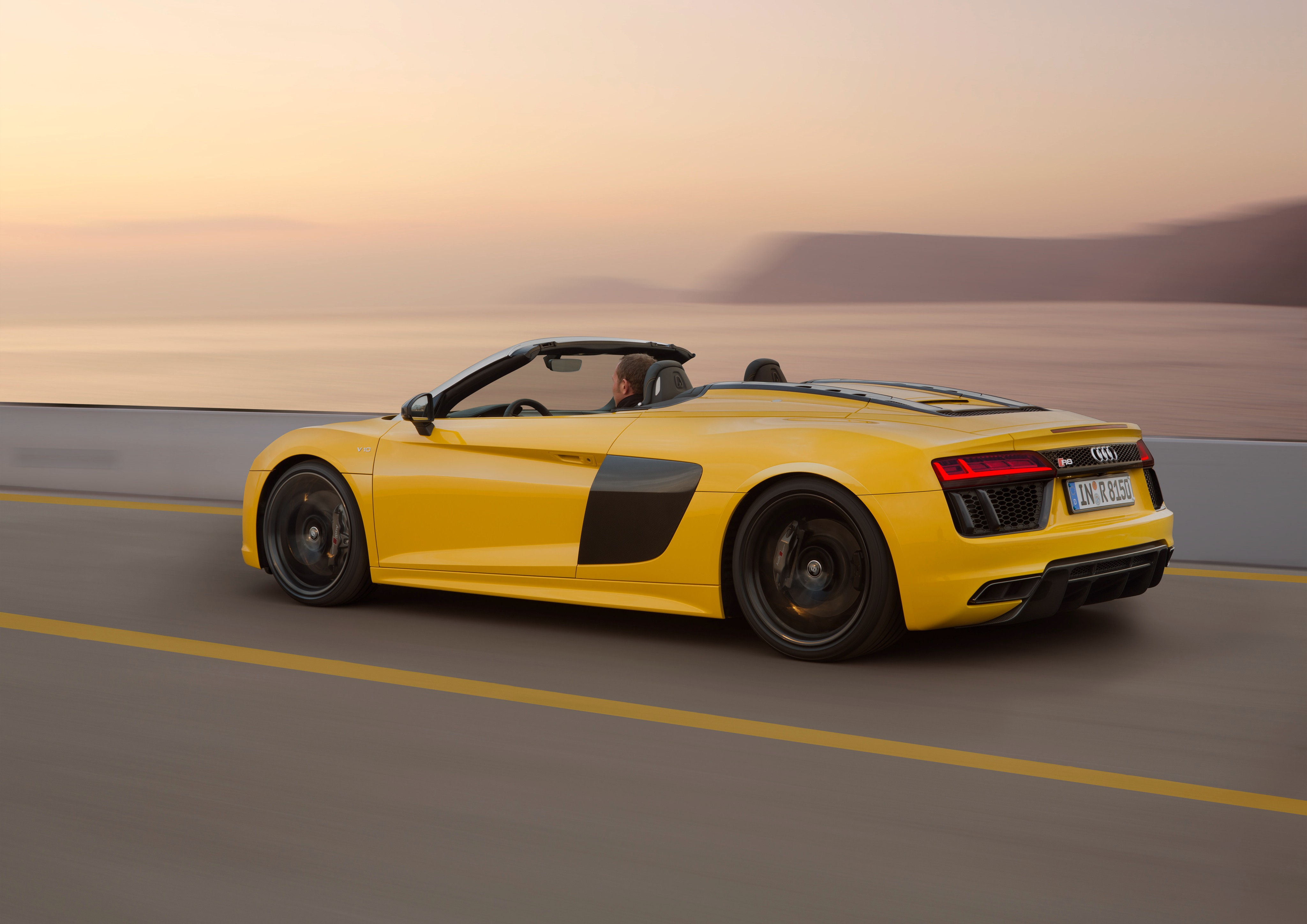 2017 audi r8 spyder price set from 179 000 in germany autoevolution. Black Bedroom Furniture Sets. Home Design Ideas