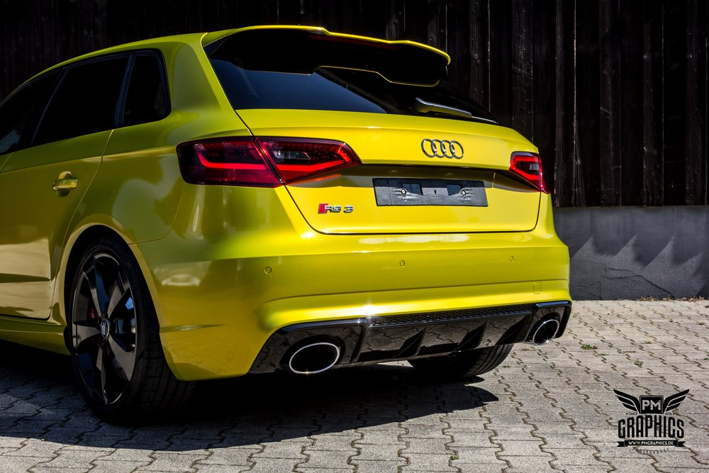 Audi Rs Interior By Neidfaktor Neon Yellow Alcantara And Carbon