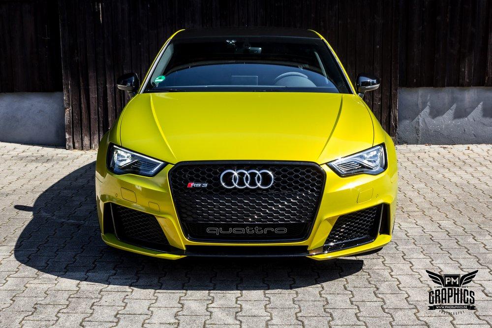 Audi RS3 Interior by Neidfaktor: Neon Yellow, Alcantara ...