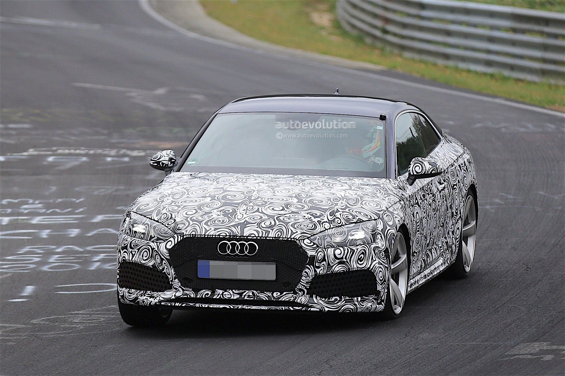 2018 audi rs5 coupe spied testing on the nurburgring autoevolution. Black Bedroom Furniture Sets. Home Design Ideas