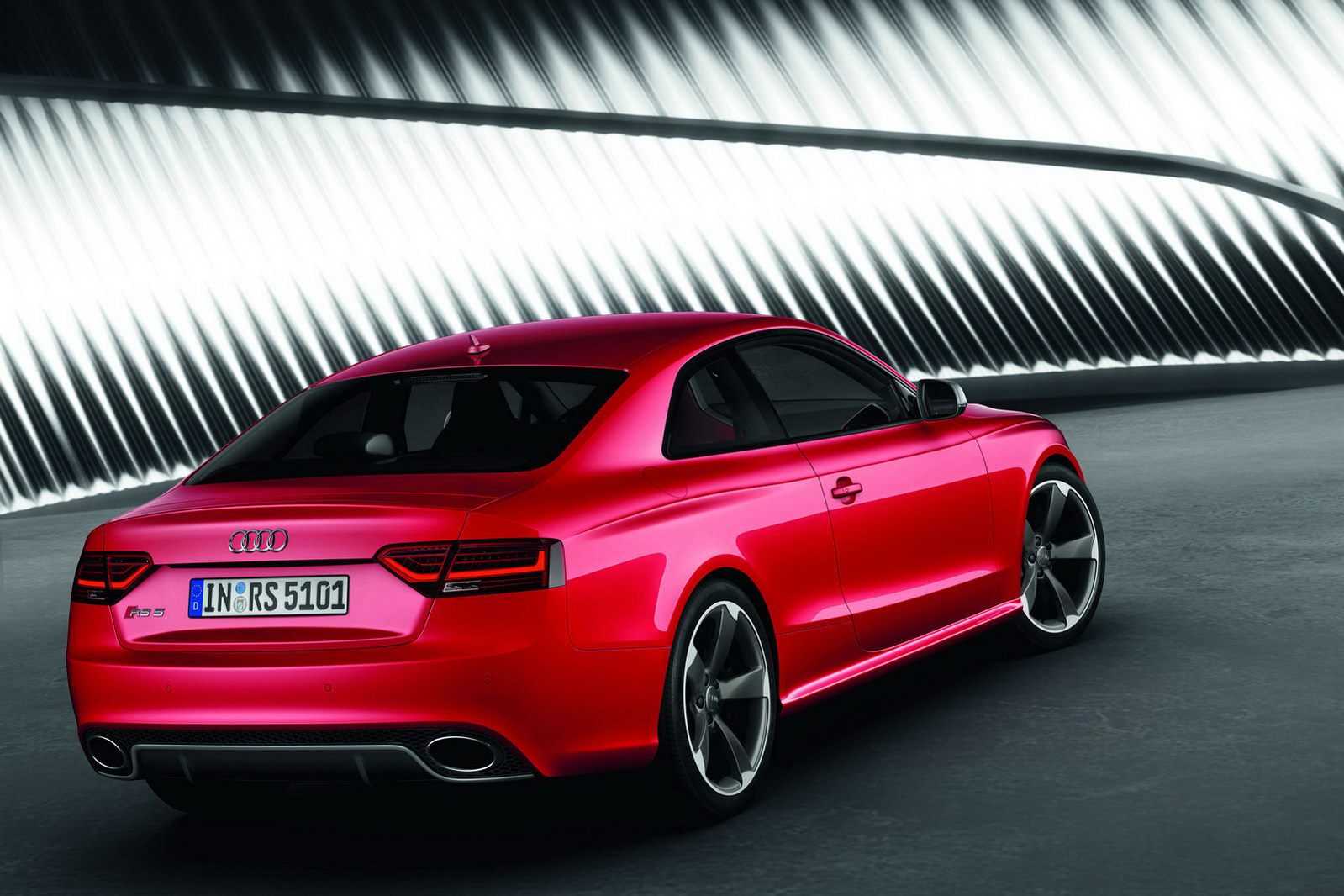 Audi Rs5 Gets Facelifted For Frankfurt Autoevolution