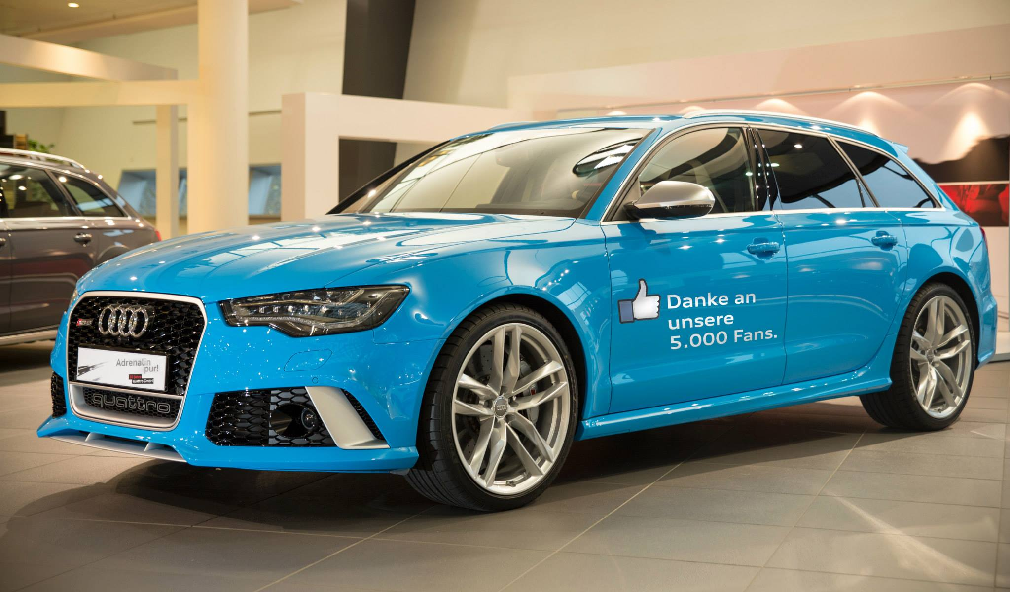 Audi Rs6 Avant In Riviera Blue Is Smurftastic Autoevolution