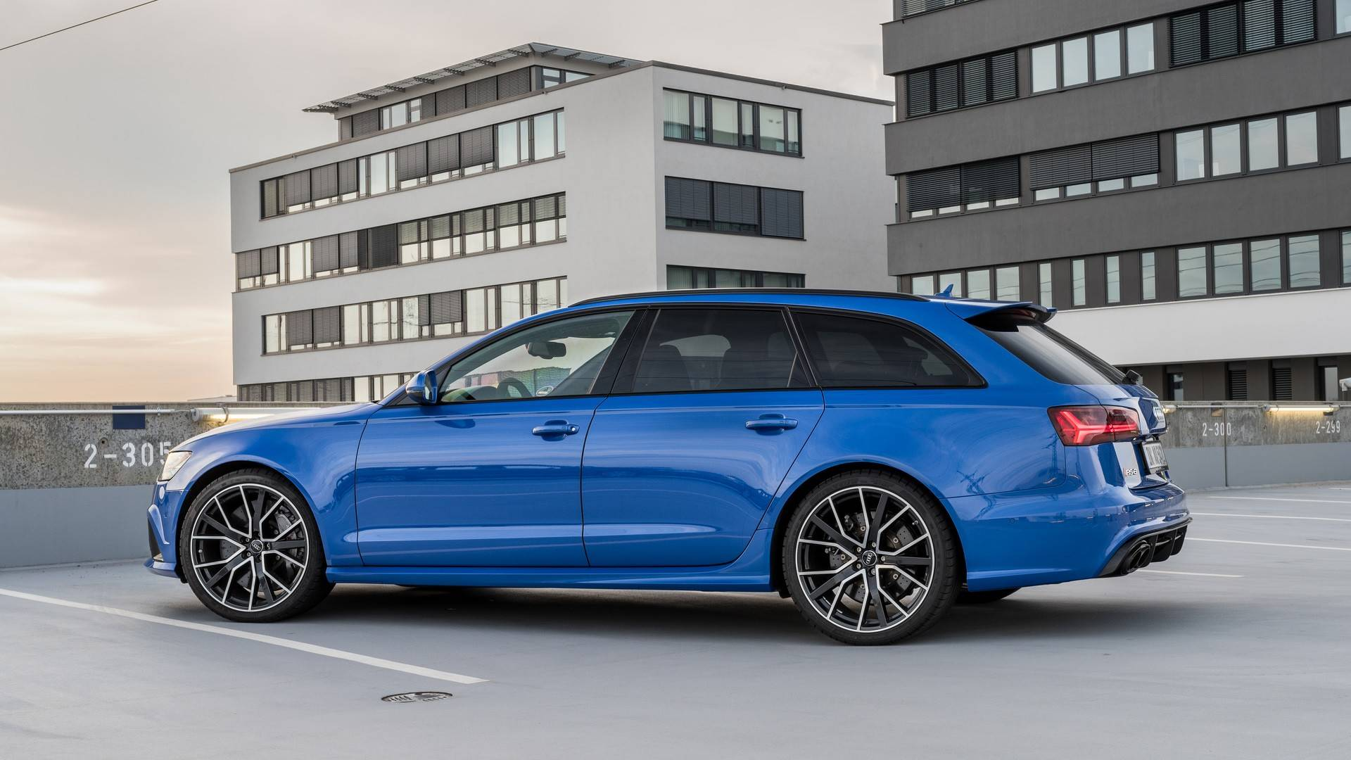 audi rs6 avant performance nogaro edition combines 705 with classic paint autoevolution. Black Bedroom Furniture Sets. Home Design Ideas
