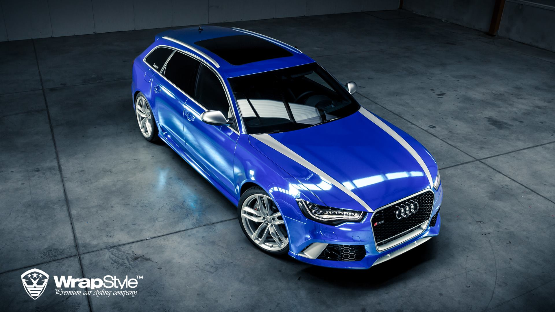 Audi Rs6 Quot Joker Quot Wrapped In Blue Chrome Autoevolution