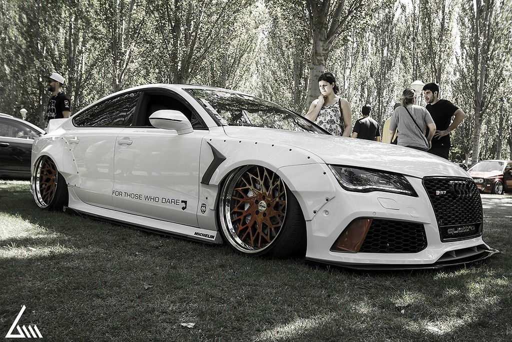 audi rs7 tdi has rocket bunny kit air suspension and awesome exhaust autoevolution. Black Bedroom Furniture Sets. Home Design Ideas