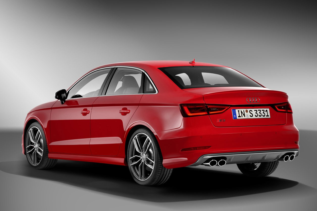 audi s3 sedan revealed with 300 hp autoevolution. Black Bedroom Furniture Sets. Home Design Ideas