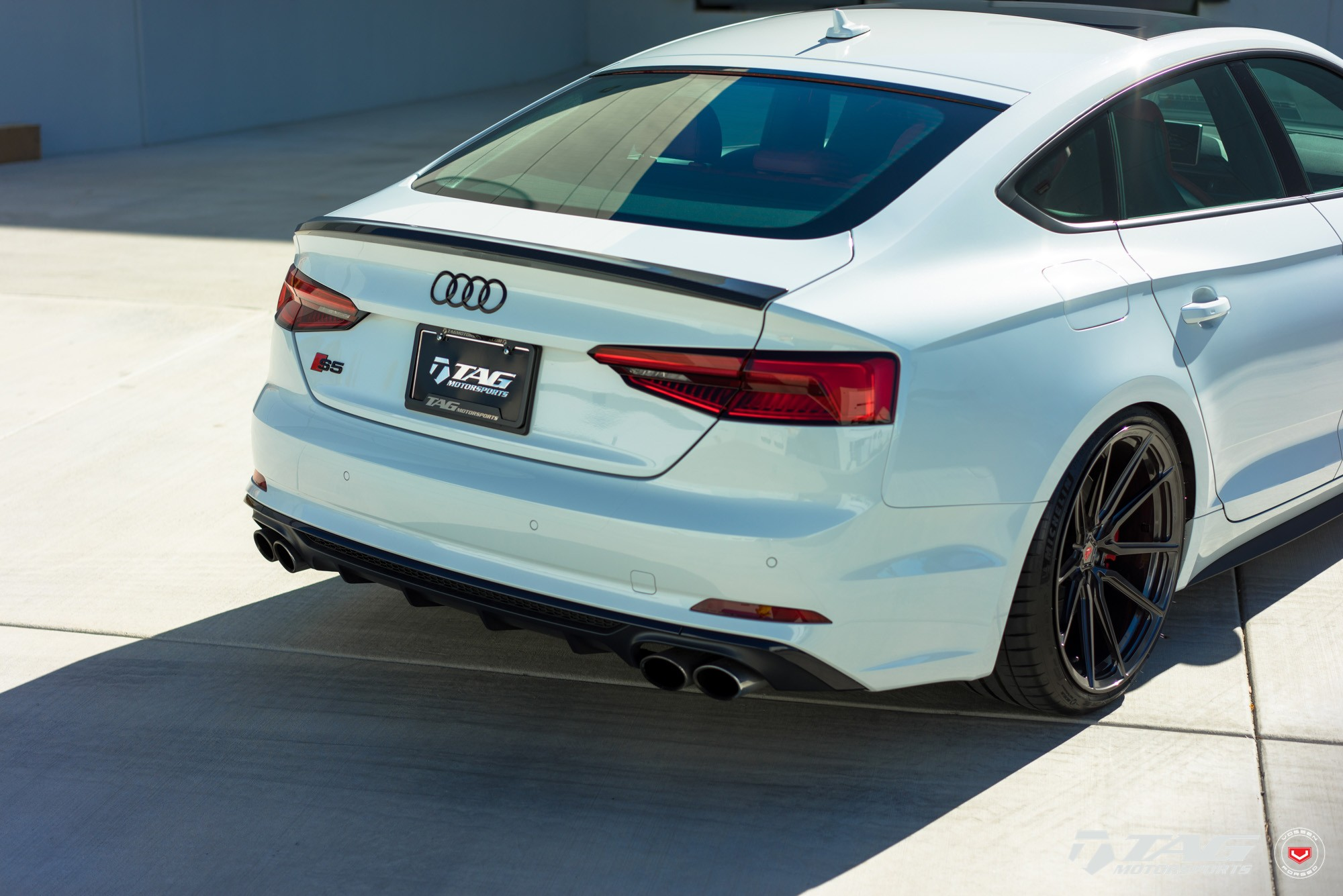 audi s5 sportback looks clean on vossen m x2 wheels autoevolution. Black Bedroom Furniture Sets. Home Design Ideas
