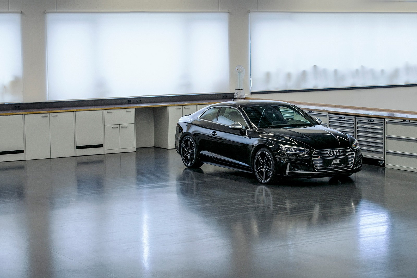 Audi S5 Tuned by ABT Packs 425 HP, Makes RS5 Wait Easier