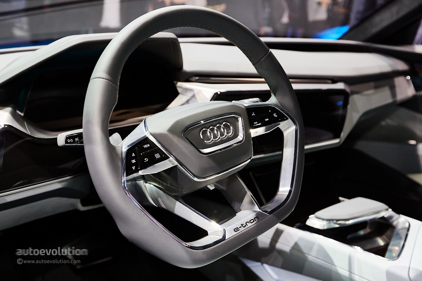 ... Audi E Tron Quattro Concept Live Photos ...