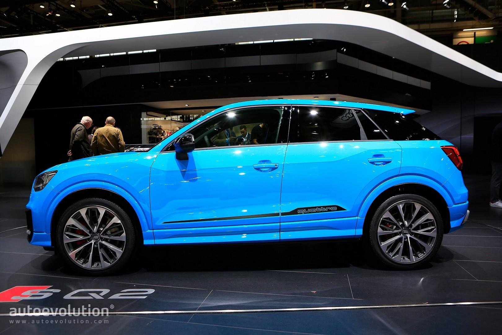 audi sq2 baby performance suv in baby blue debuts in full autoevolution. Black Bedroom Furniture Sets. Home Design Ideas