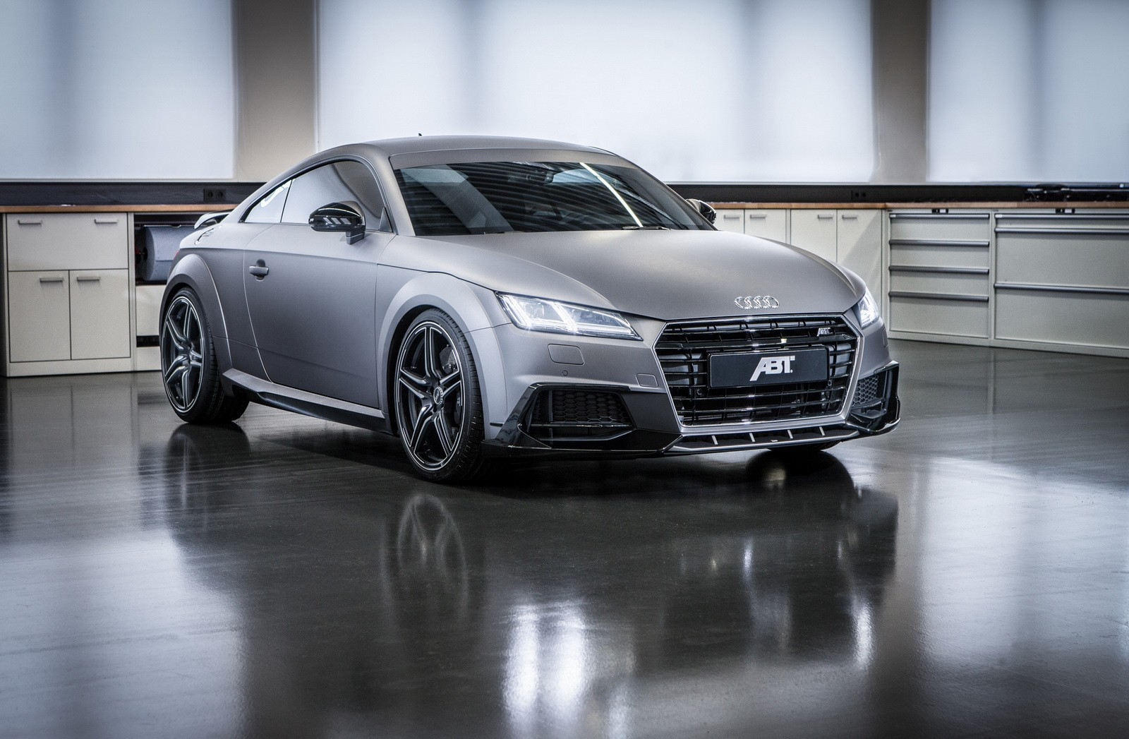 Audi TT Tuned by ABT Has 310 HP, Gunmetal Gray Wrap for Geneva - autoevolution