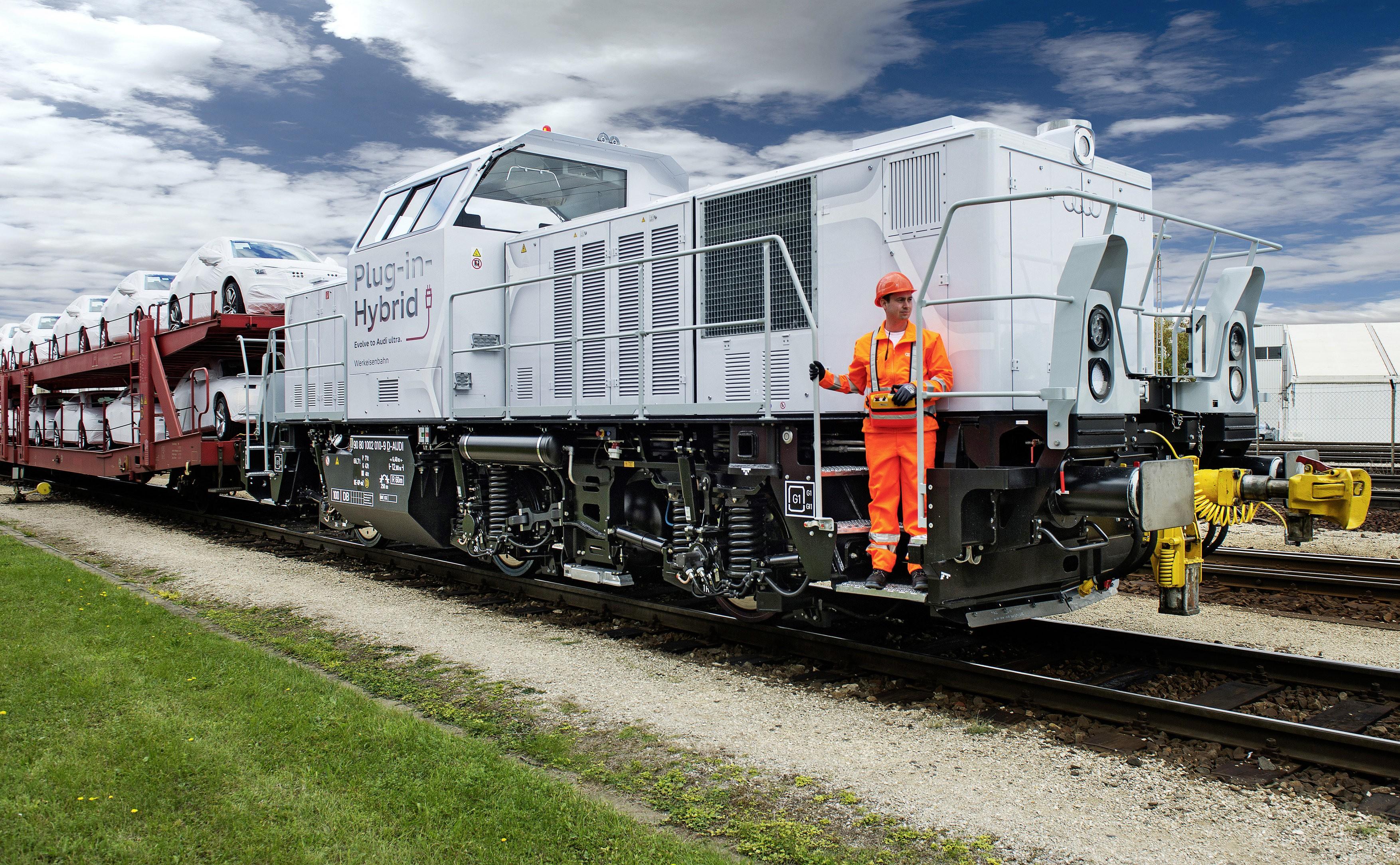 Audi Unveils Plug In Hybrid Diesel Locomotive To Be Used
