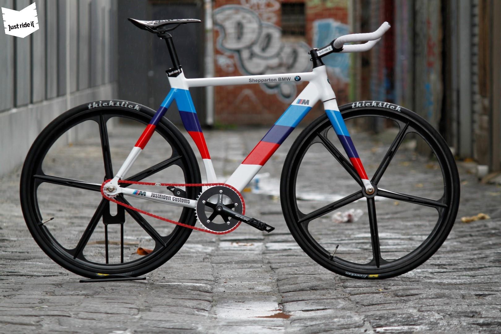 Australian Shop Creates Custom M4 Bike - autoevolution