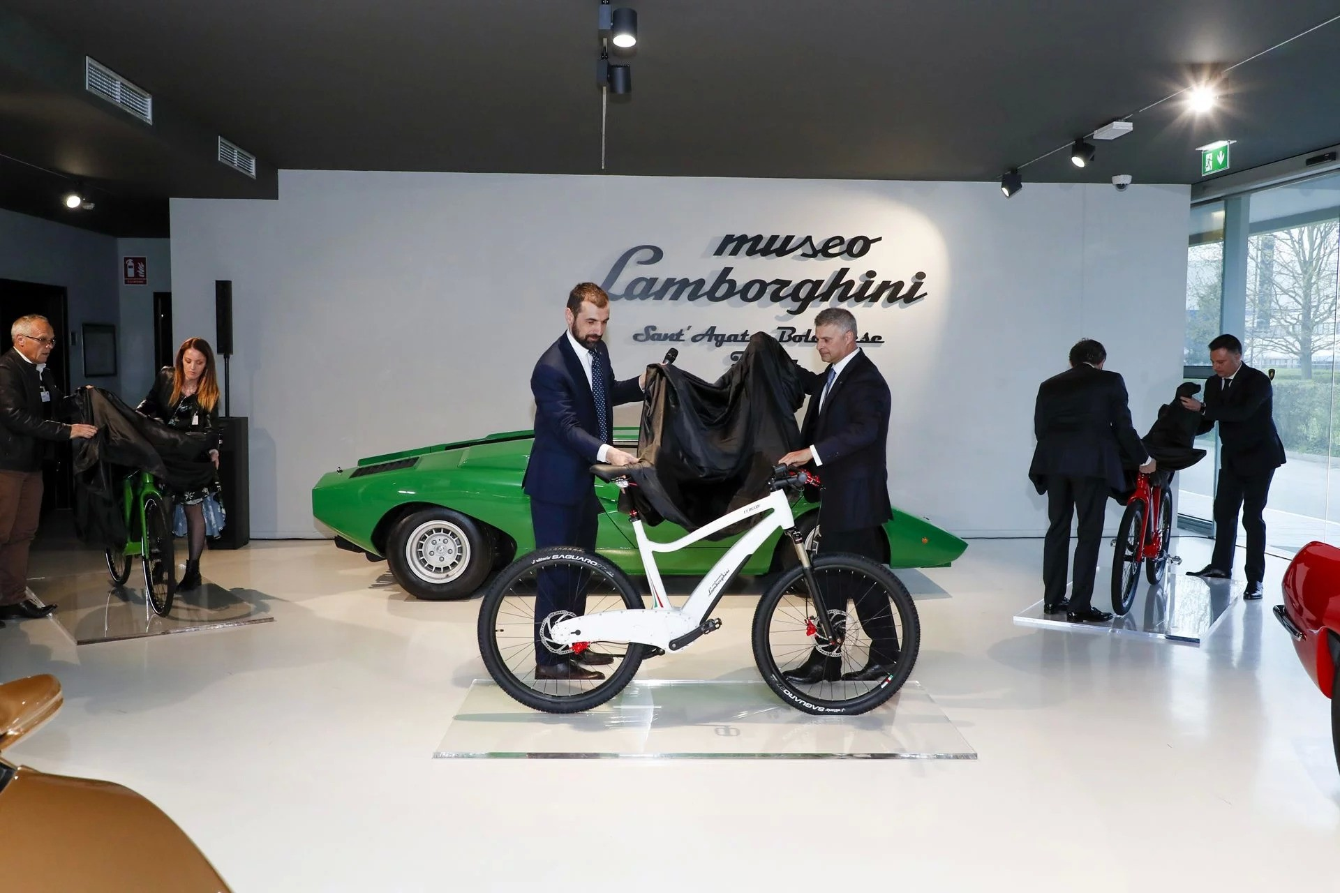 Electric Lamborghini Bicycles Are Now A Thing Autoevolution