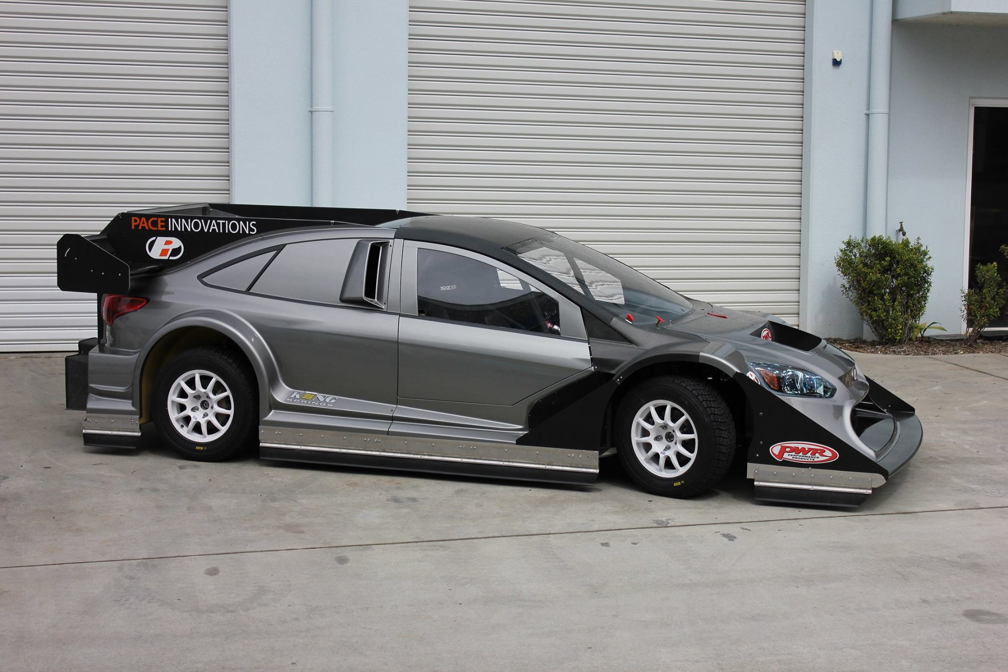 awd ford focus with gt r engine plans to race at pikes peak autoevolution. Black Bedroom Furniture Sets. Home Design Ideas