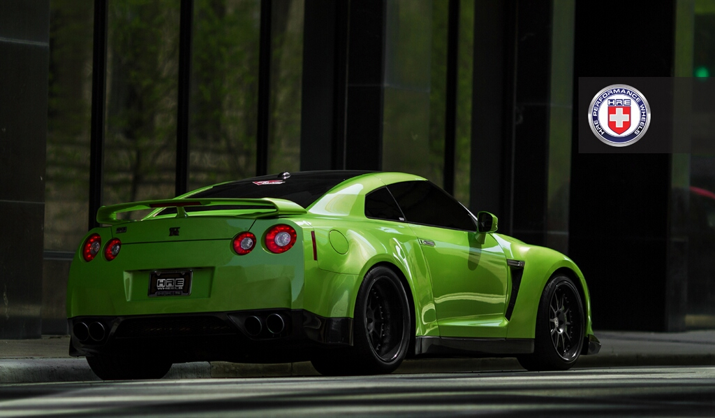 Awesome Green GT-R with Widebody Kit - autoevolution