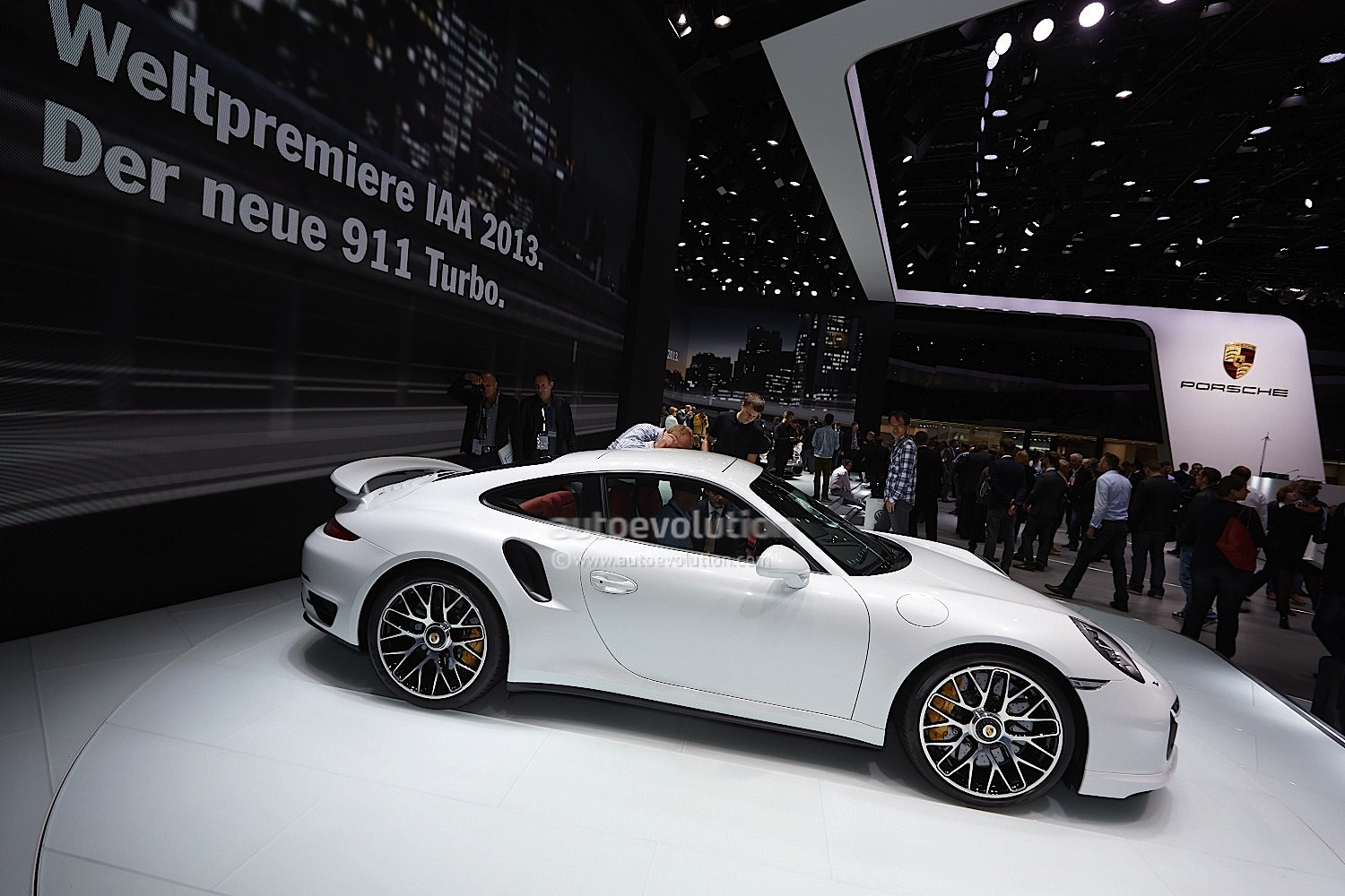 awesome porsche 911 turbo s with beater martini livery was once white autoevolution - 911 Porsche 2015 White