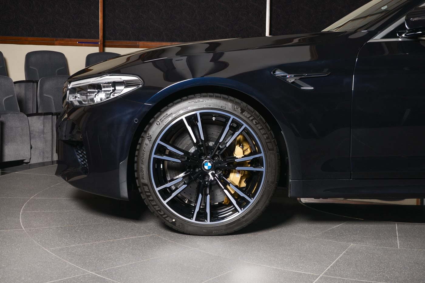 Azurite Black 2018 BMW M5 Shows Off in Abu Dhabi ...