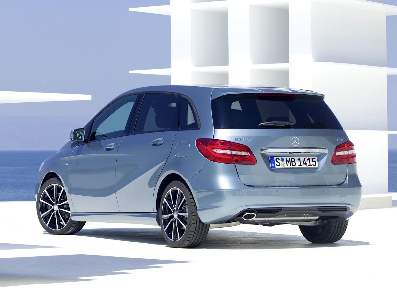 B class tops adac customer satisfaction survey in vans for Mercedes benz customer satisfaction
