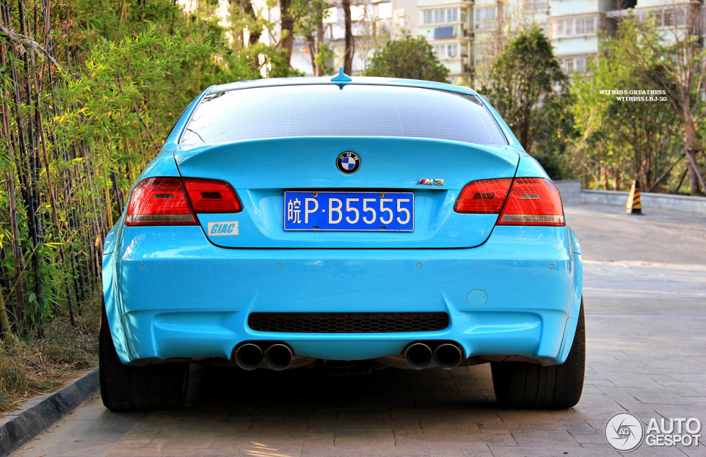 Baby Blue BMW E92 M3 Spotted in China - autoevolution