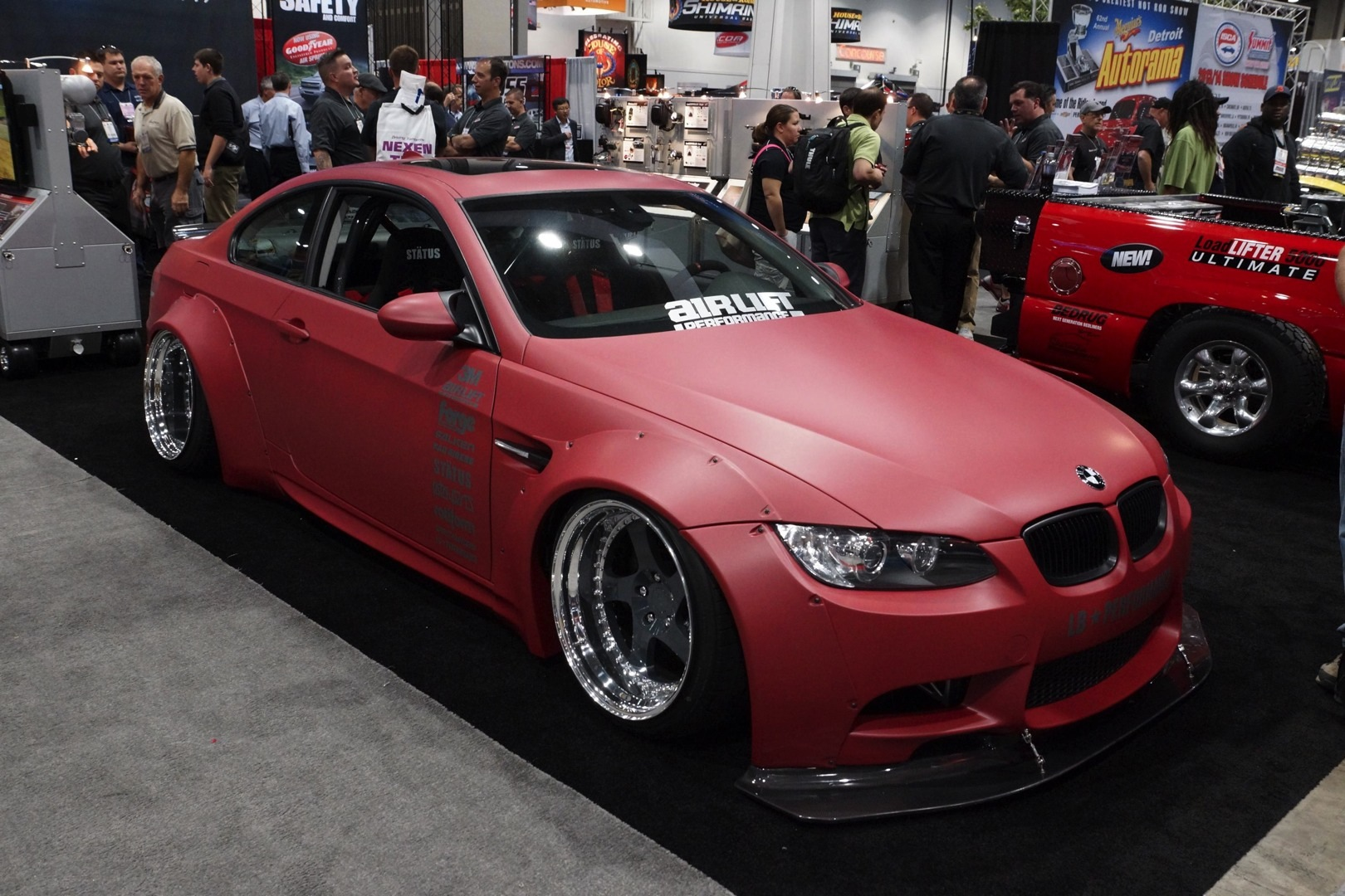Bag Riders Bmw E92 335i Xdrive Stands Out At Sema