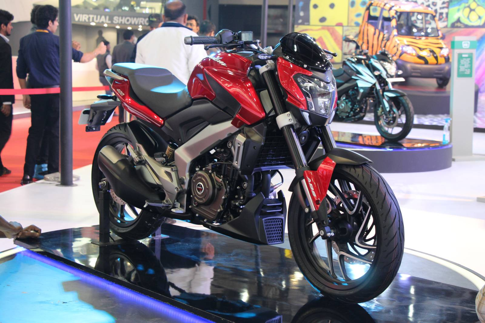 Bajaj Shows The Awesome Pulsar CS400 And SS400 Bikes