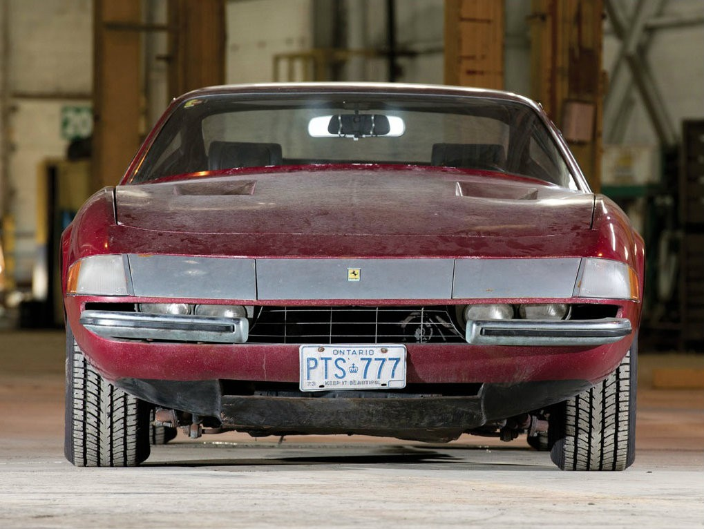 E F F Ba C E C Fe D A C together with Barn Find Ferrari Daytona Is Also A One Owner Car Photo Gallery further Bentley S Previously Owned By The Kinks Ray Davies Is In Dire Need Of Tlc as well Px Electrichka as well Bianchi Wuss. on old classic cars
