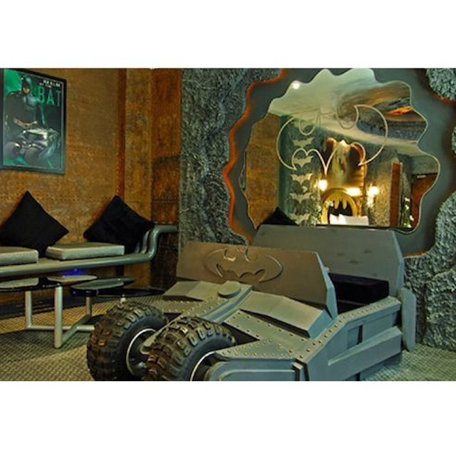 BatmanThemed Hotel Room Has Tumbler Bed Its The Perfect Dark