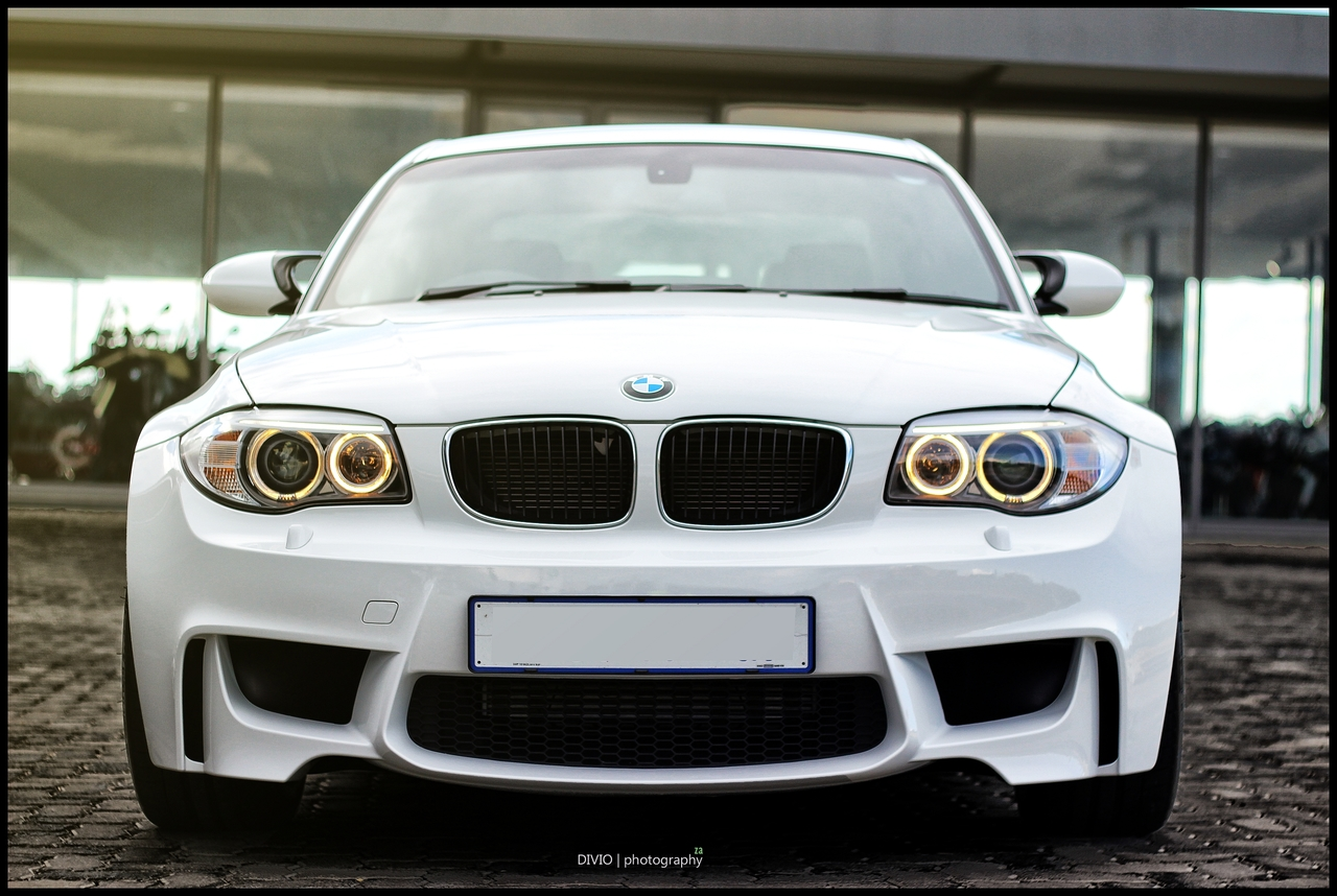 Beautiful BMW 1M Coupe Photoshoot Is Your Wallpaper Source ...
