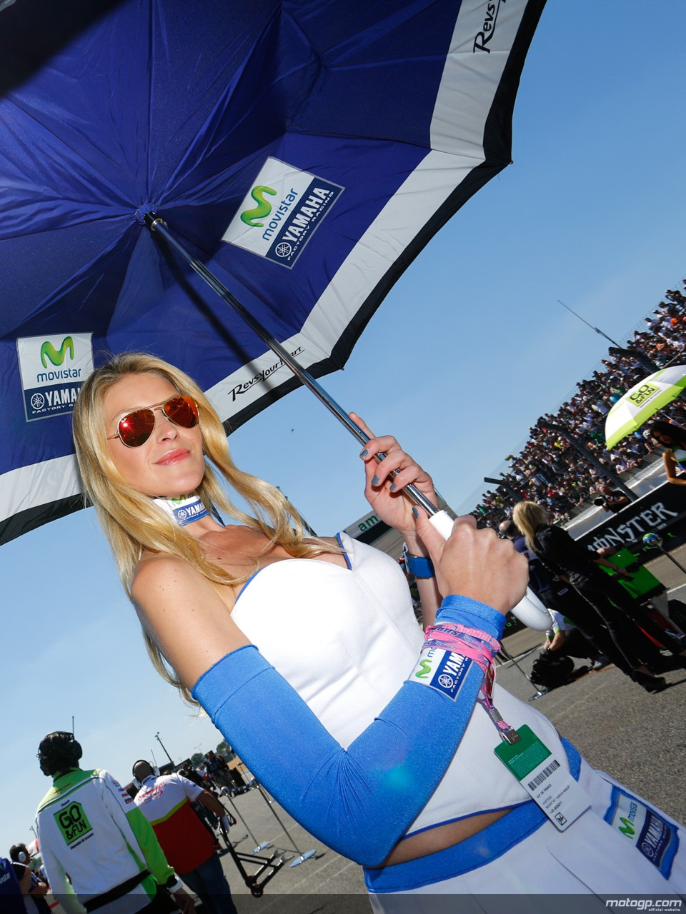 Beautiful French Paddock Girls at Le Mans 2014 - autoevolution