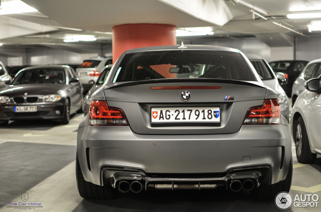 Beautiful Matte Grey BMW 1M Coupe Spotted in Germany - autoevolution