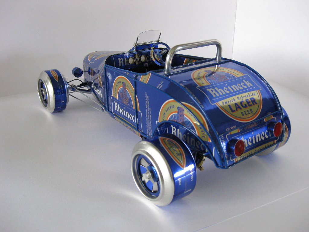 beer cans turn into cars in new zealand autoevolution. Black Bedroom Furniture Sets. Home Design Ideas