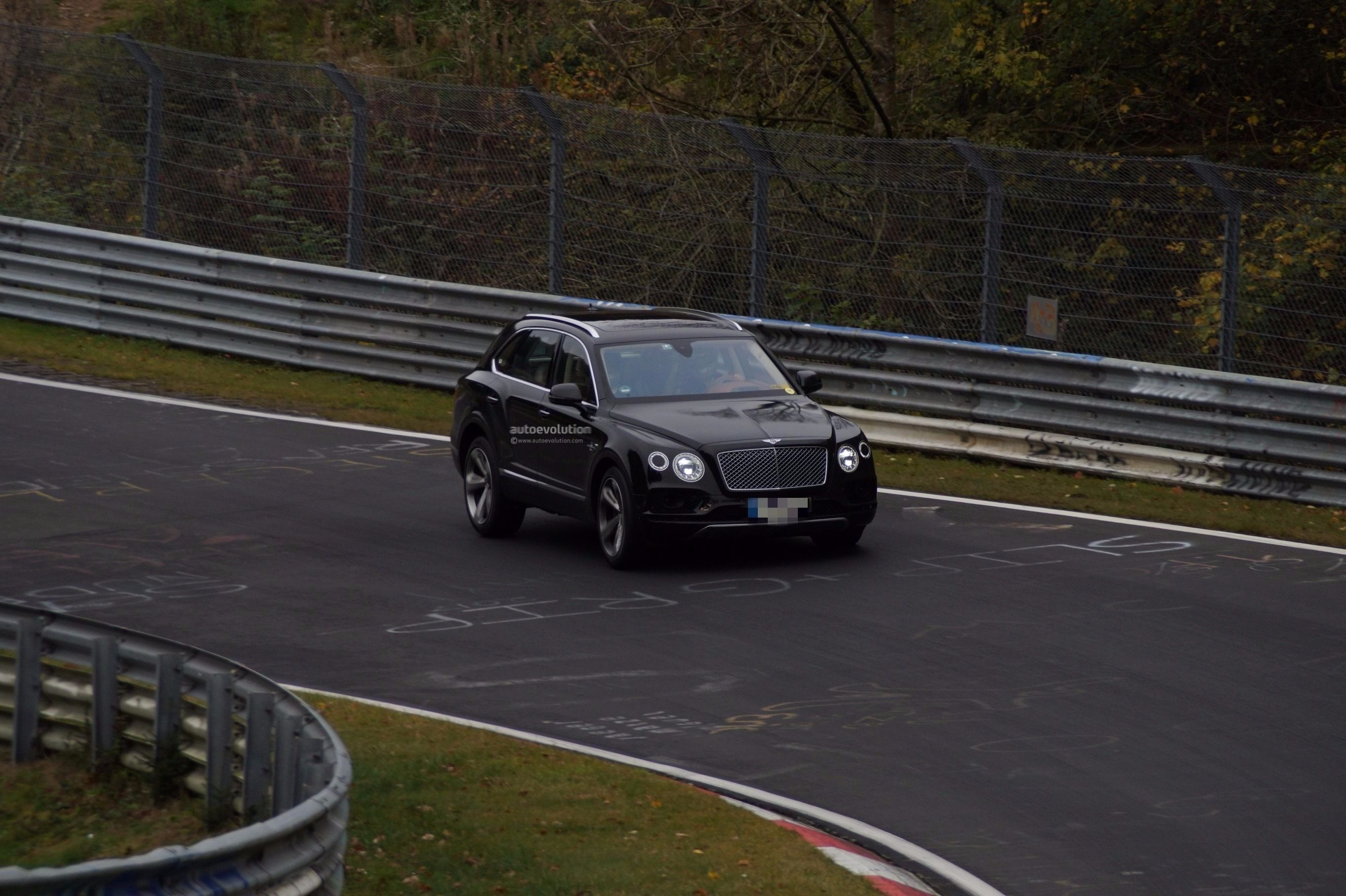 news bentley global who makes r the auto continental car debut