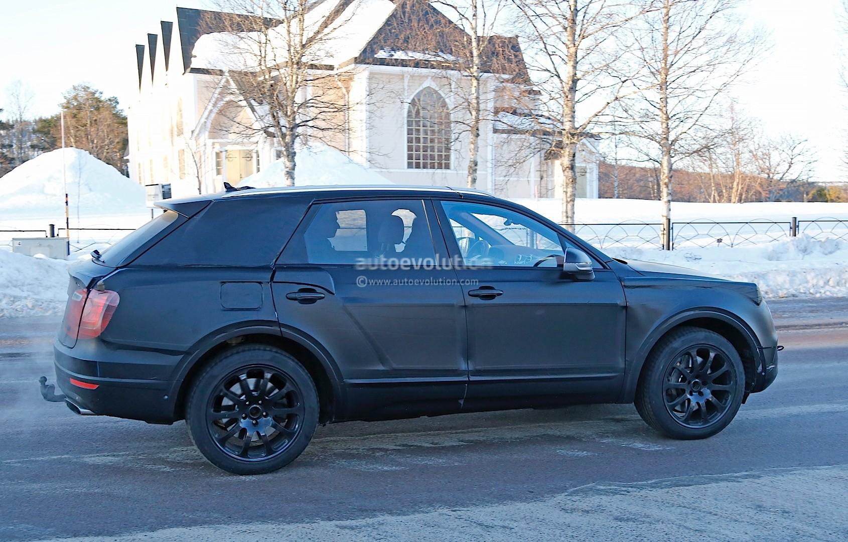 2015 - [Bentley] Bentayga - Page 5 Bentley-bentayga-spied-once-again-looks-like-an-edgier-vw-touareg-photo-gallery_6