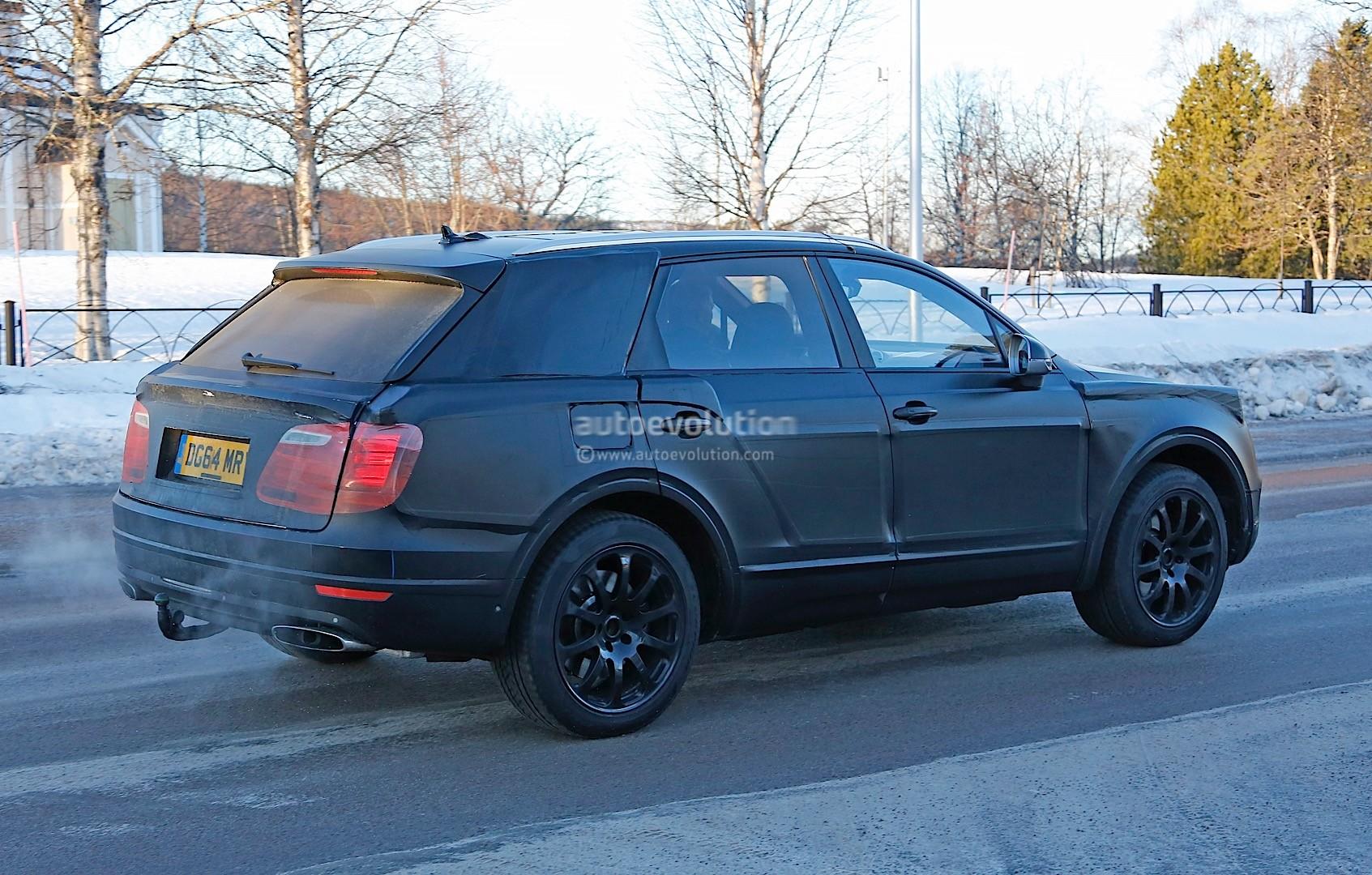 2015 - [Bentley] Bentayga - Page 5 Bentley-bentayga-spied-once-again-looks-like-an-edgier-vw-touareg-photo-gallery_7