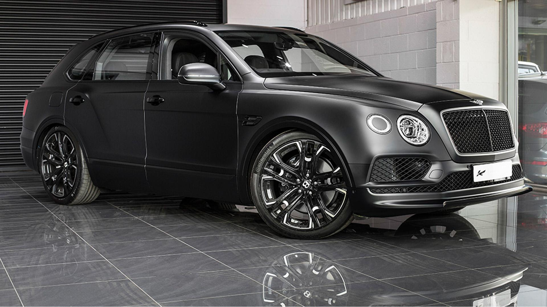 bentley bentayga tuned by kahn design le mans edition takes no prisoners autoevolution. Black Bedroom Furniture Sets. Home Design Ideas