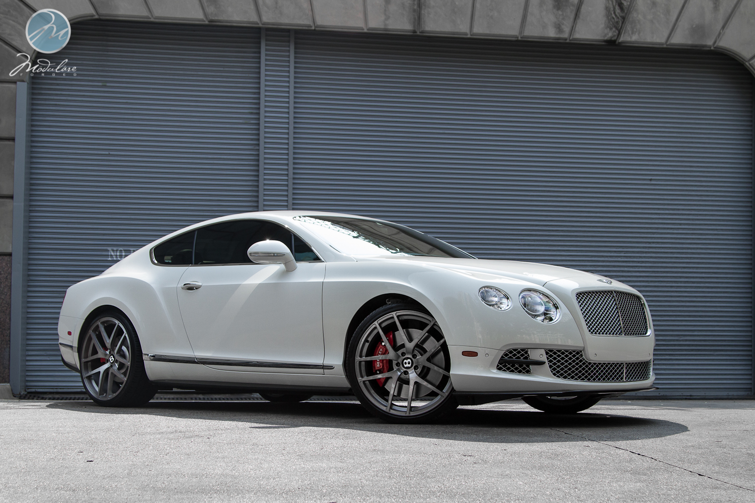 Bentley Continental Gt On 22 Inch Modulare Wheels