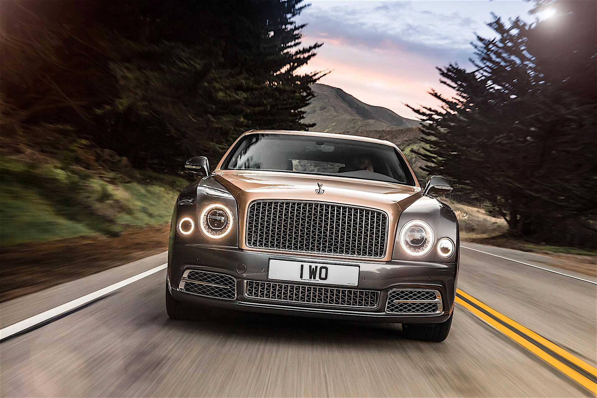 2017 Bentley Mulsanne Facelift Revealed New Grille More Power and