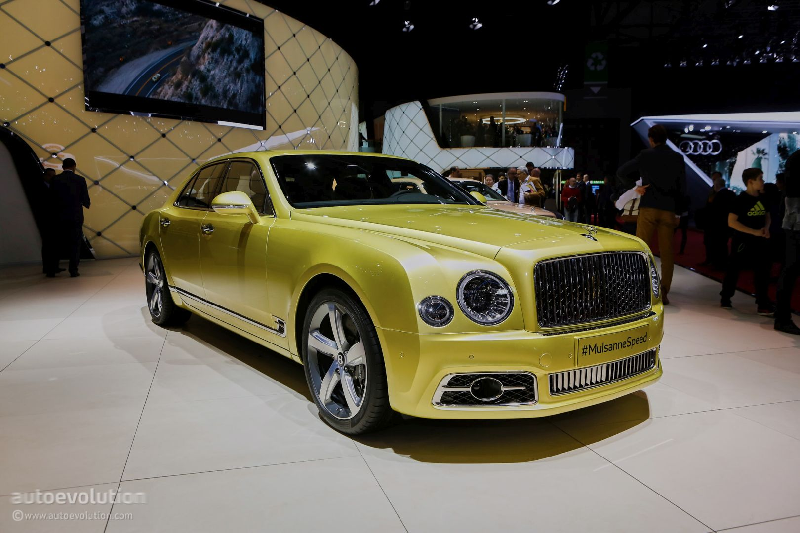 2017 Bentley Mulsanne Speed Brings Reasonable Velocity To