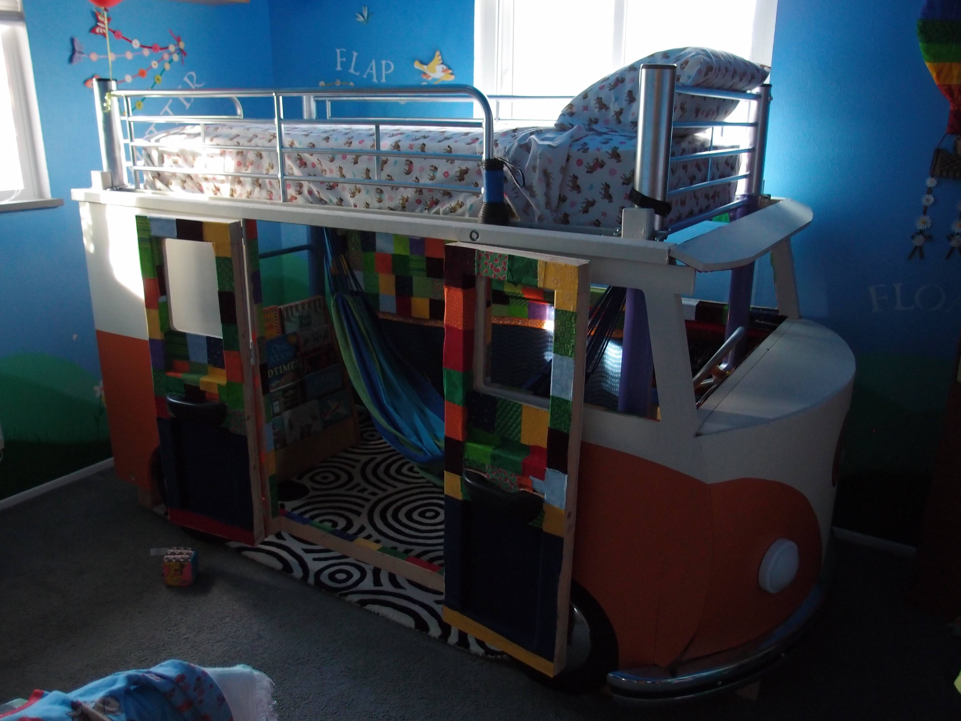 Best Dad Ever Builds Vw Bus Bed For 3 Year Old Daughter