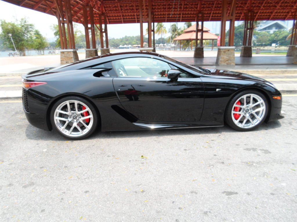 Black Lexus LFA for Sale in the UK, What's Wrong with the ...