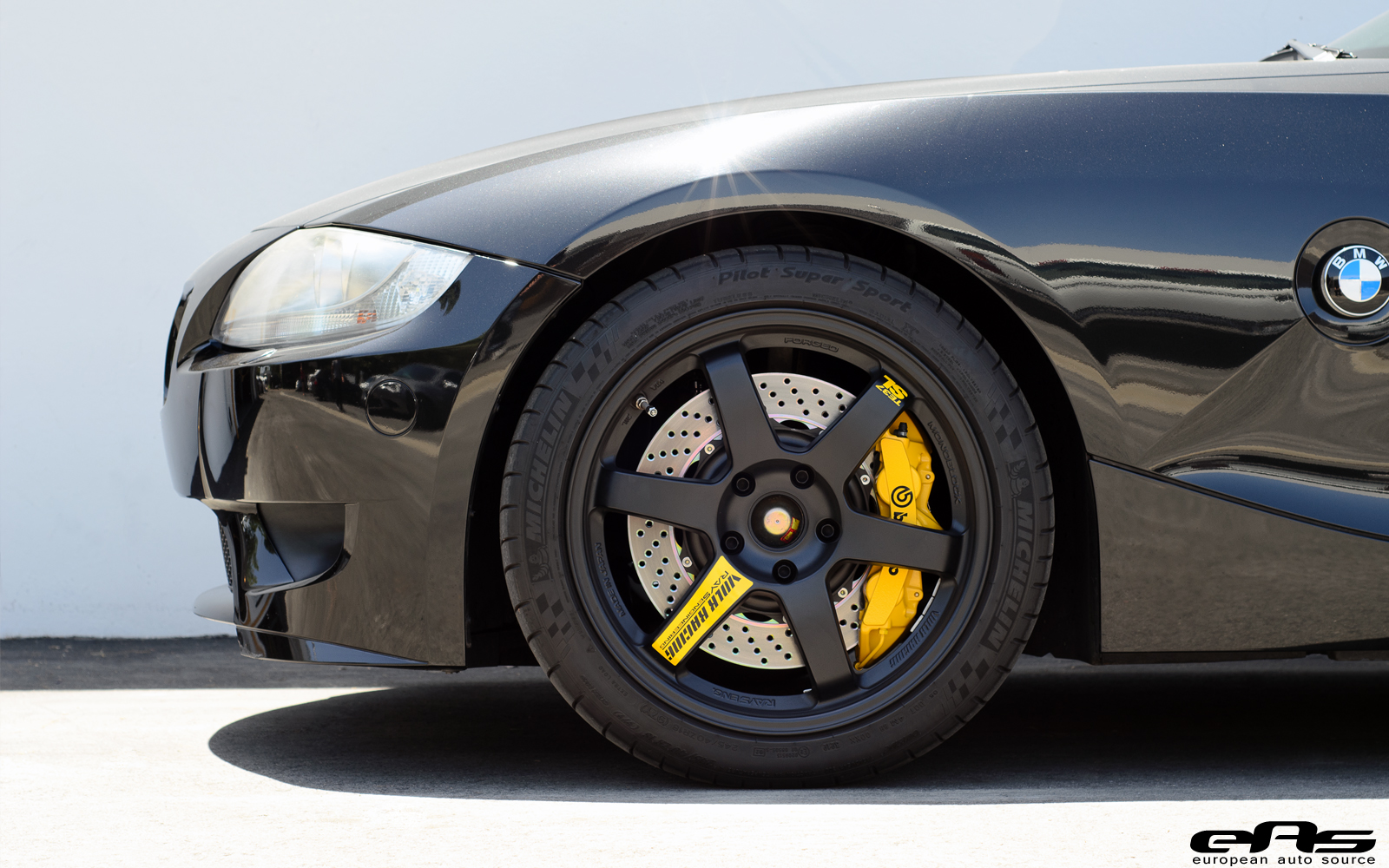 Black Amp Yellow Bmw E86 Z4 M Is Worthy Of Darth Vader S Car Collection Autoevolution