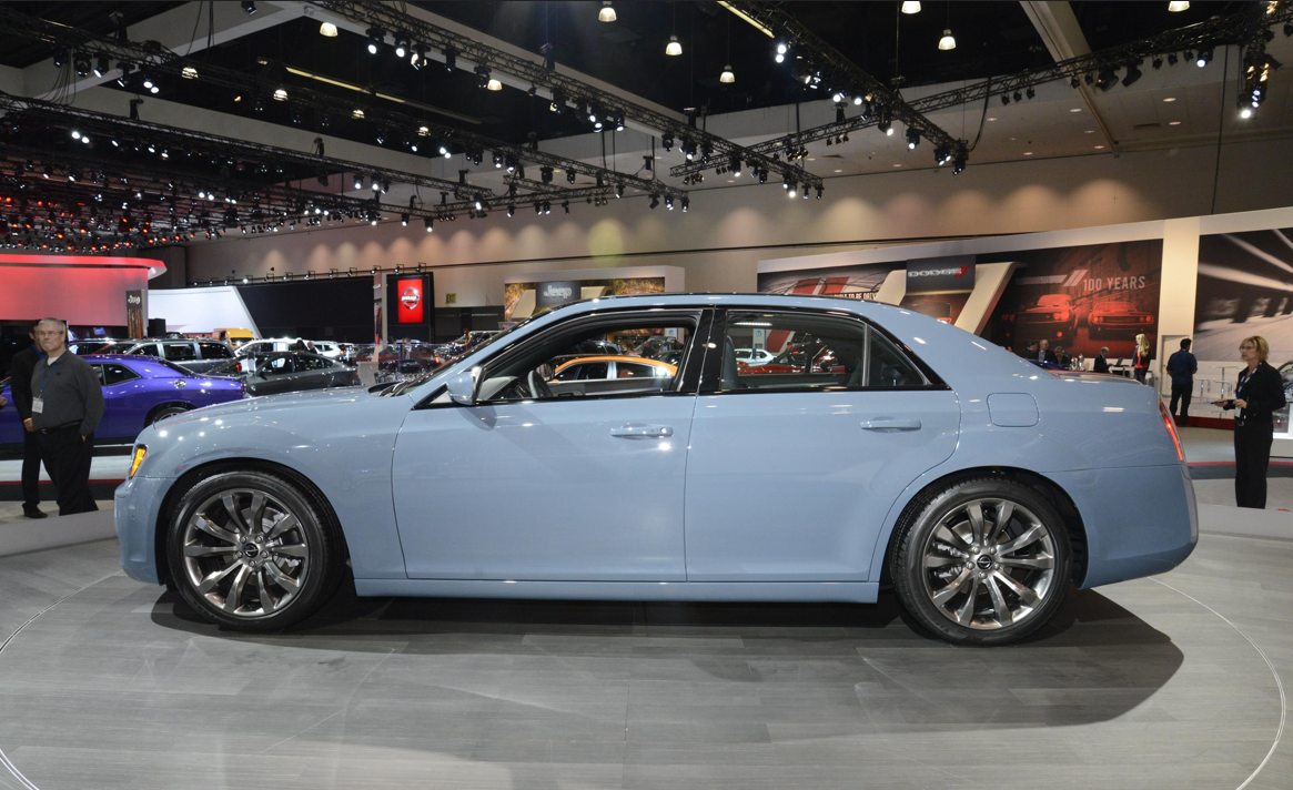 Blacked Out 2014 Chrysler 300s Brings Luxury To Los