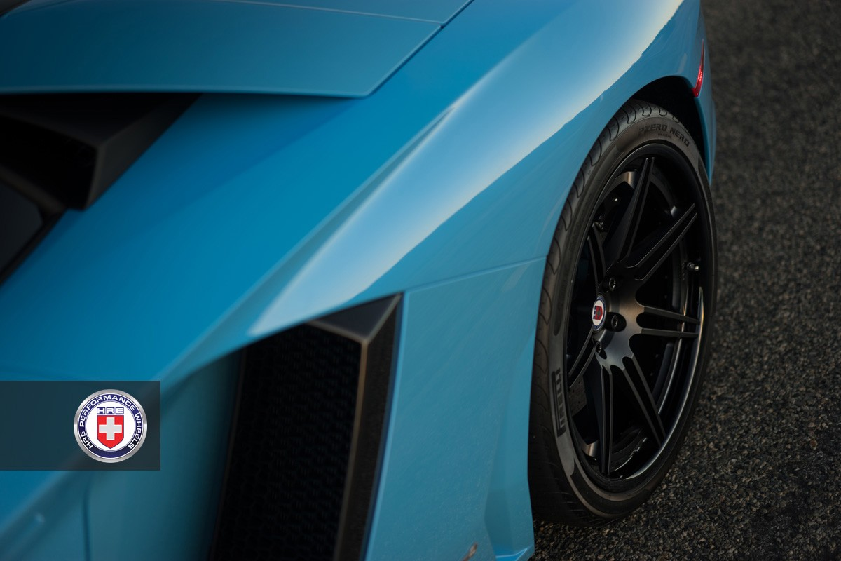Lamborghini Aventador на матовых дисках HRE RS101