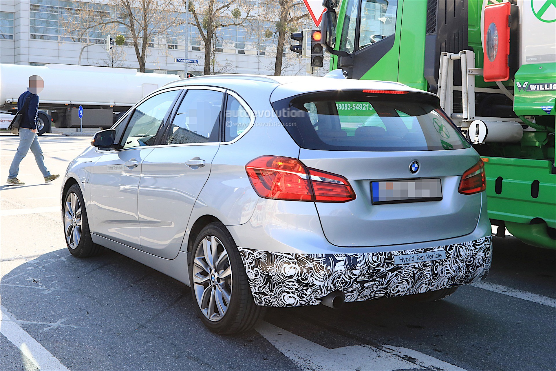 2018 - [BMW] Série 2 Active Tourer restylé  Bmw-2-series-active-tourer-facelift-spy-baldauf_6