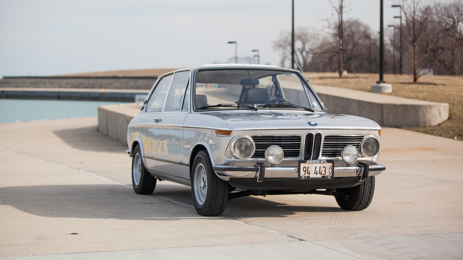 bmw 2002tii touring as rare as it gets autoevolution. Black Bedroom Furniture Sets. Home Design Ideas