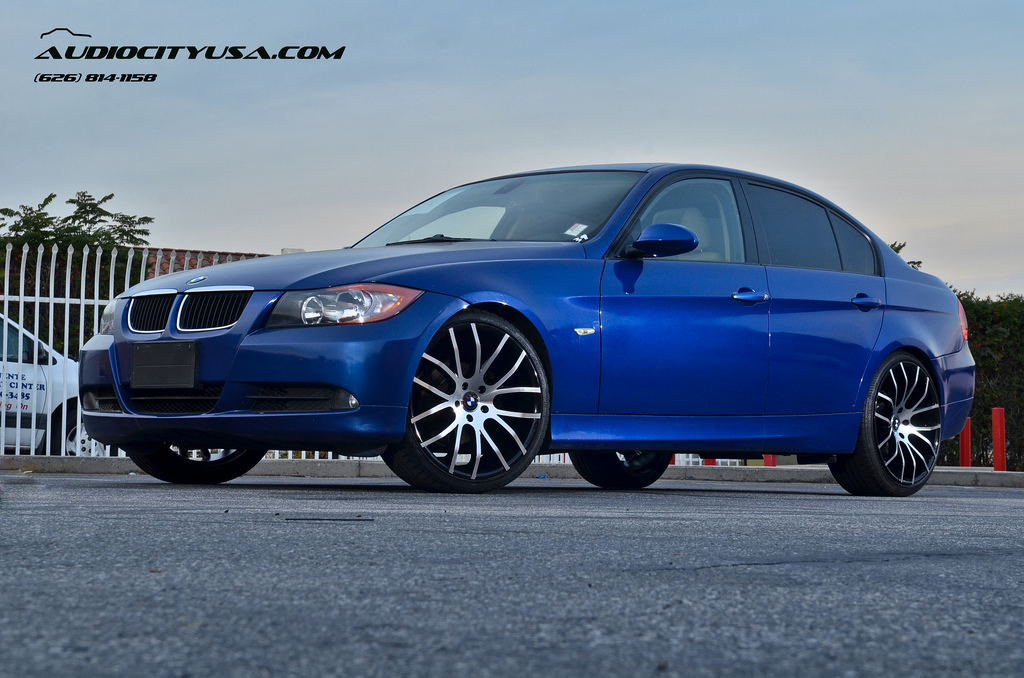 Bmw 328i gets 20 inch rims from giovanna stands tall autoevolution bmw 328i on giovanna wheels sciox Image collections